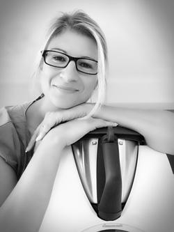 <b>Corinna Wild</b> (Autorin & Verlagsinhaberin) - corinnawild1(1)